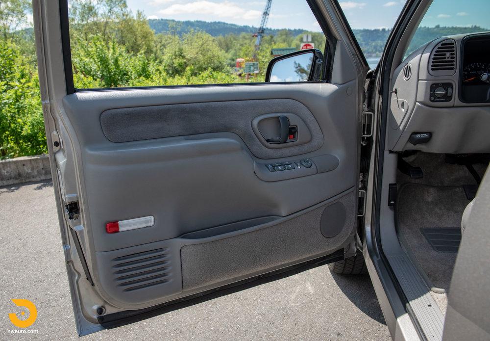 1998 Chevrolet Tahoe LS9-37.jpg