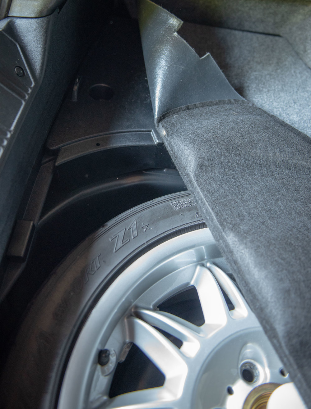 1998 BMW M3 Sedan Trunk-3.jpg