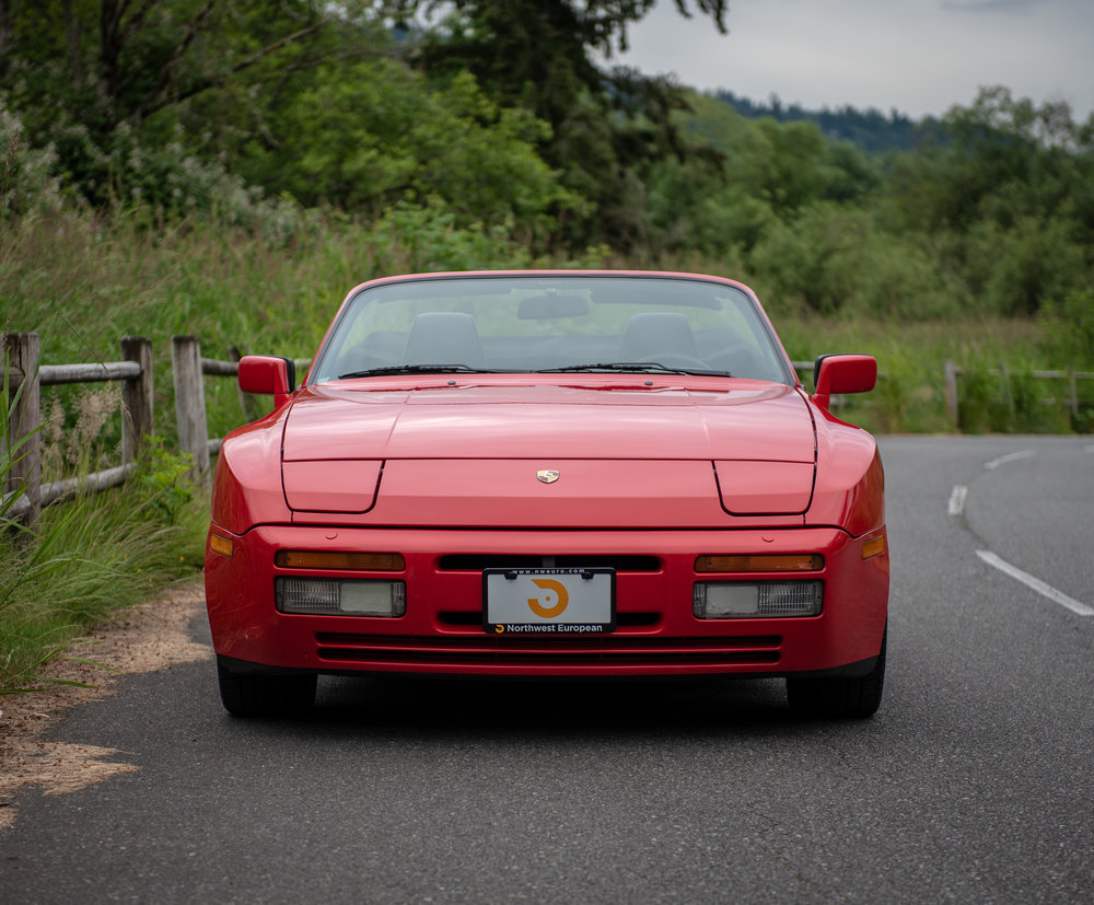1990 Porsche 944 S2 Cabriolet-34.jpg