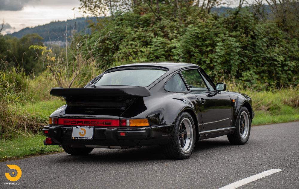 1983 Porsche 930-2.jpg
