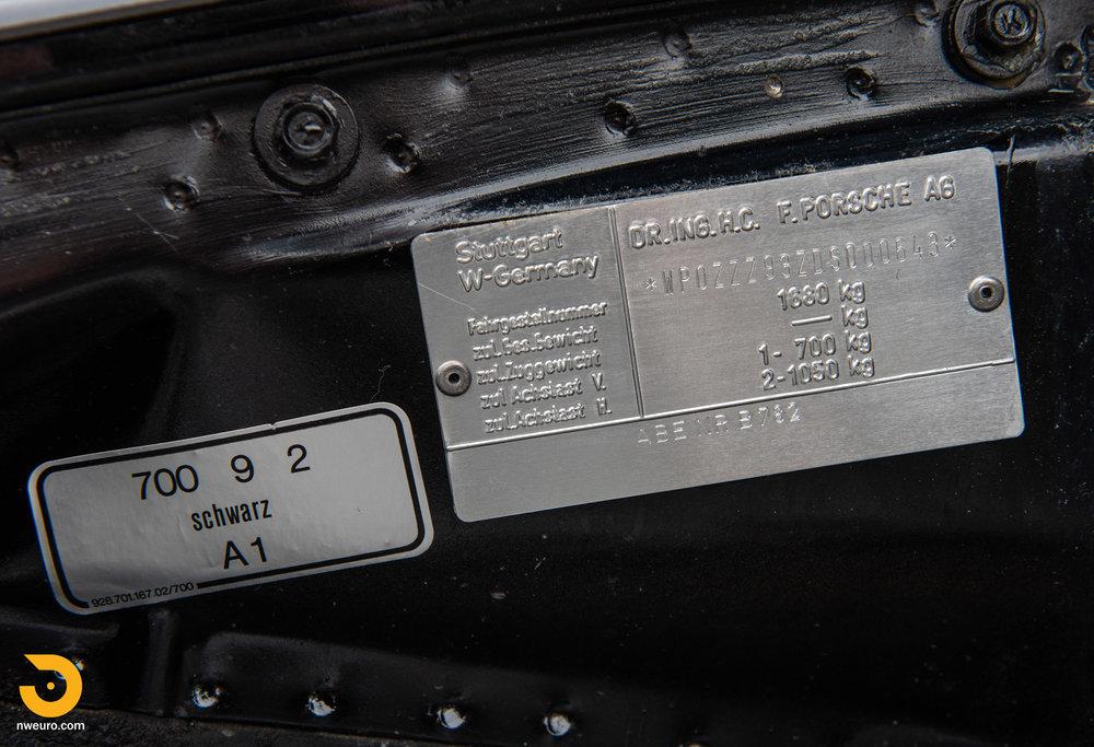 1983 Porsche 930-52.jpg