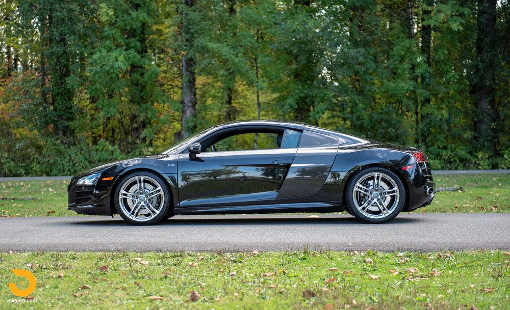 2010 Audi R8 V10-44.jpg