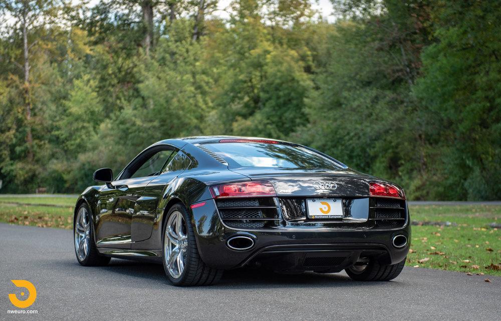 2010 Audi R8 V10-49.jpg