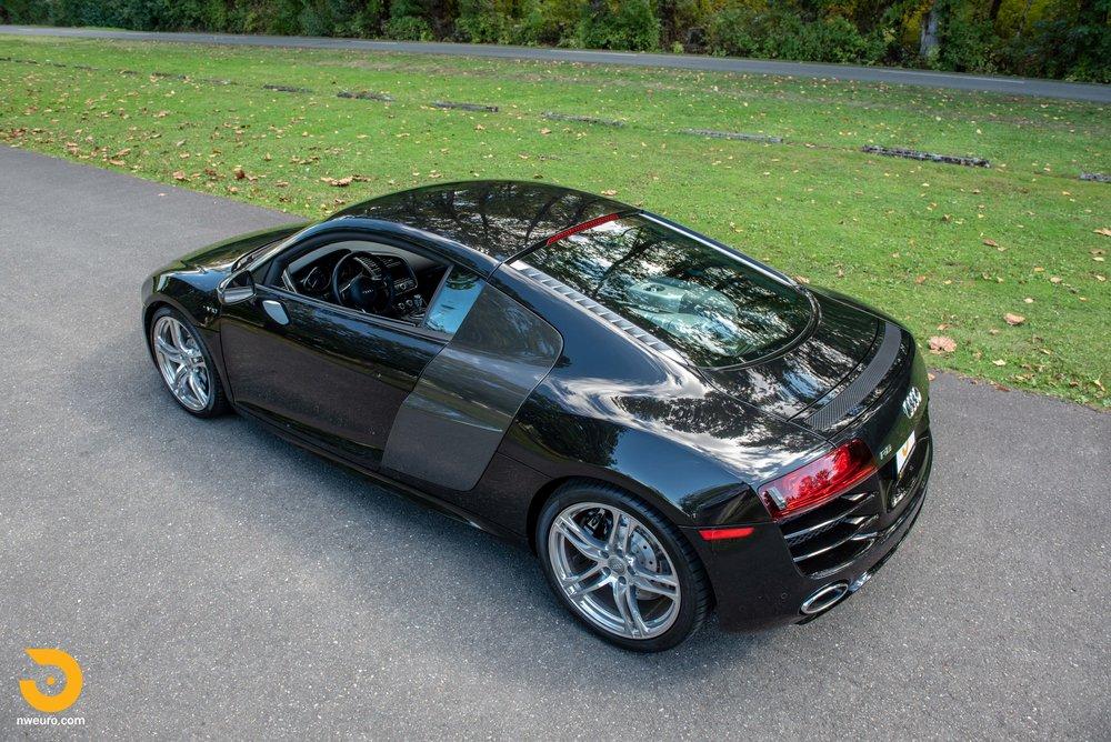 2010 Audi R8 V10-55.jpg