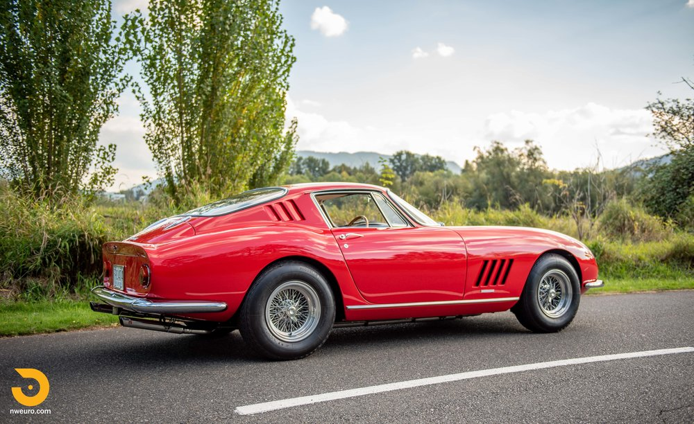 1966 Ferrari 275 GTB-2.jpg