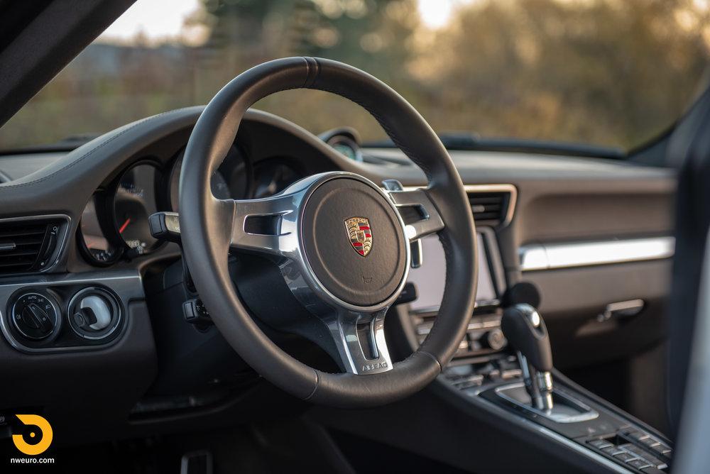 2012 Porsche Carrera S-33.jpg
