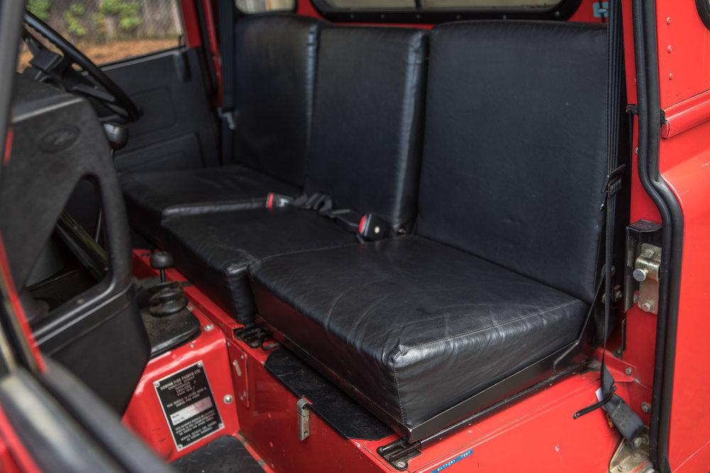 1986 Land Rover 110 HiCap-6.jpg
