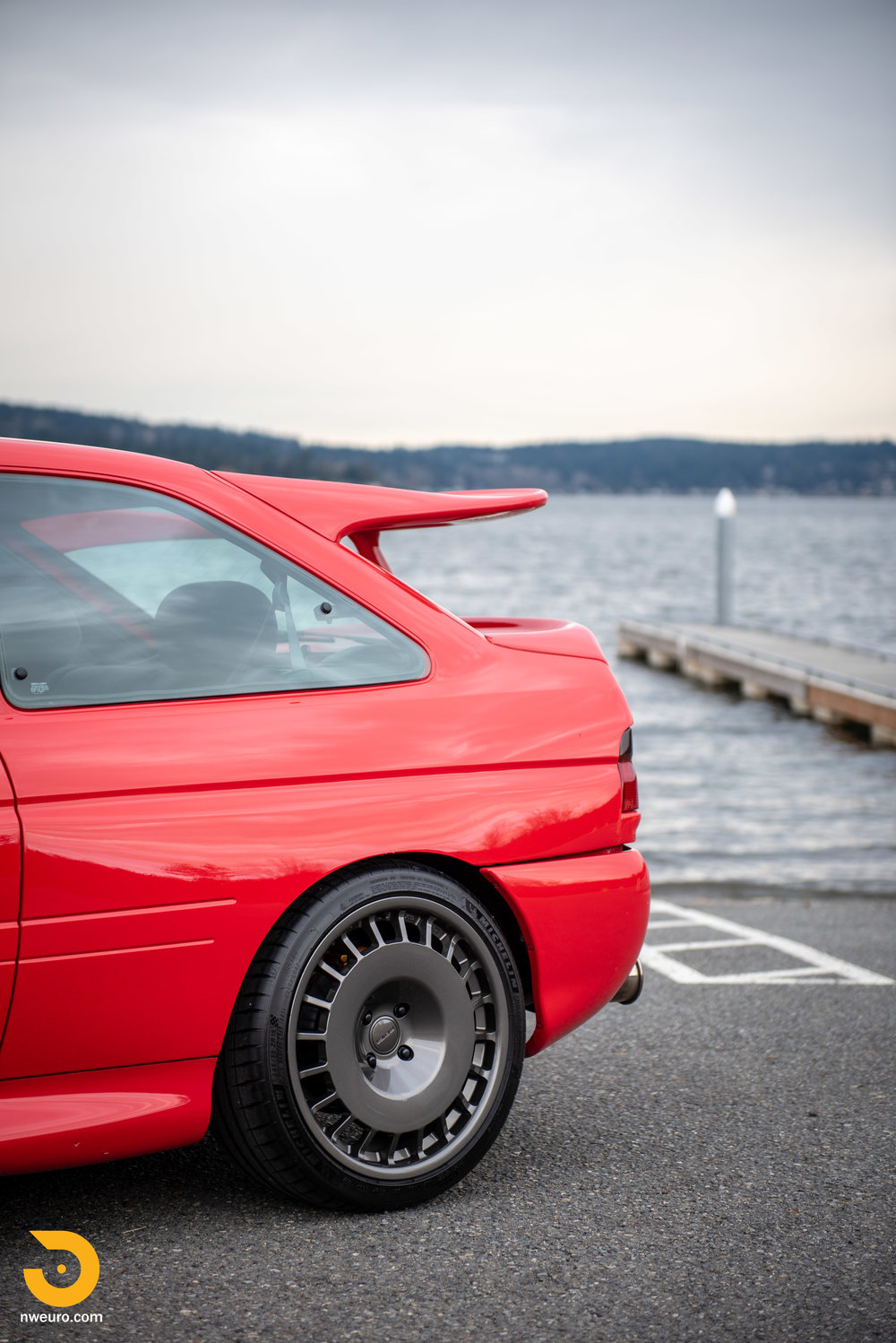 1993 Ford Escort Cosworth RS Red-14.jpg