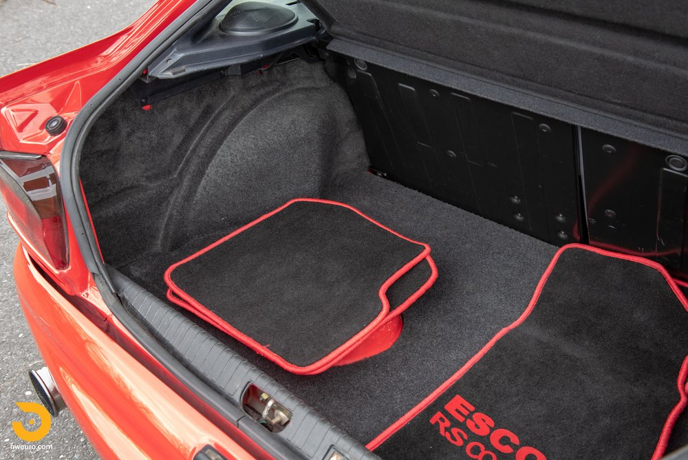 1993 Ford Escort Cosworth RS Red-22.jpg