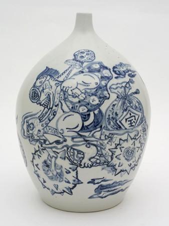 Shin Koyama, Motorcycle Crazy, hand painted ceramic, 45 x 25 cm