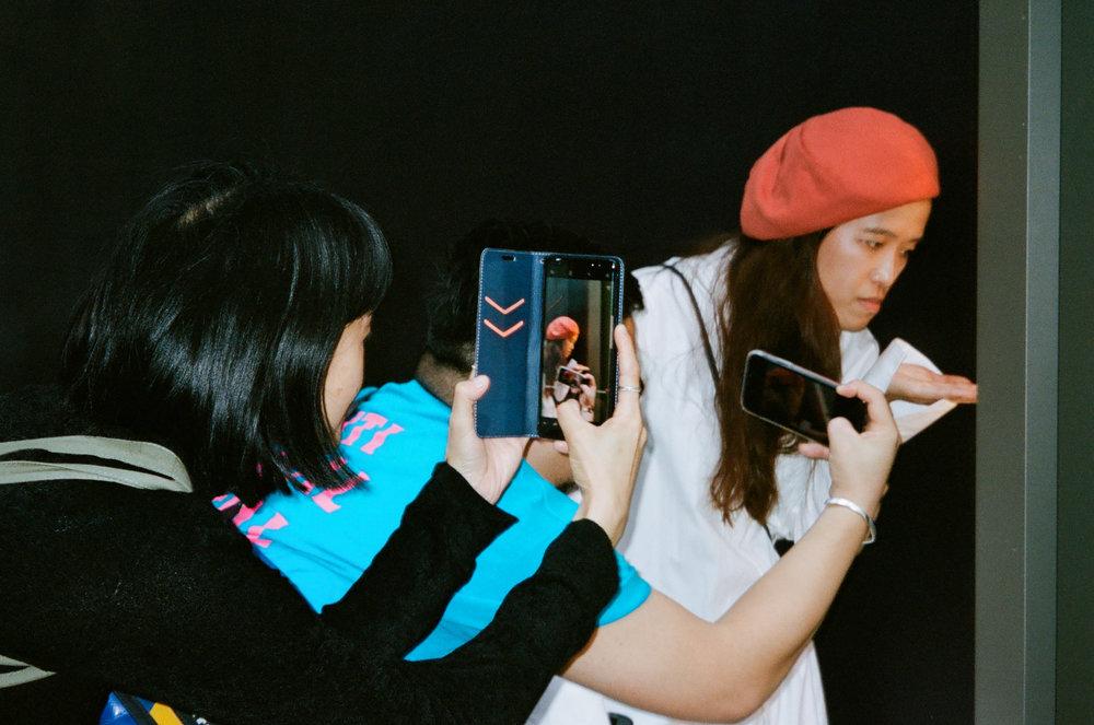 Participants / taking portraits