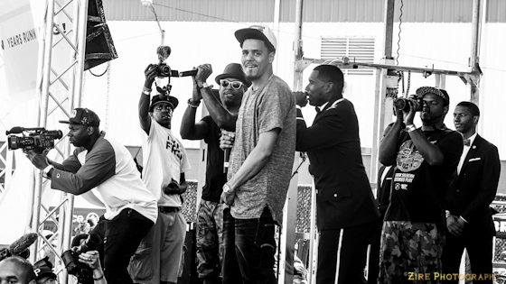 Jay Electronica invites J. Cole to the stage.