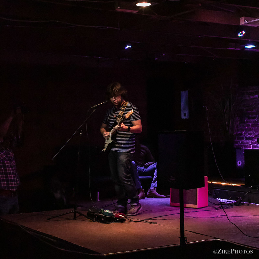Brown MartinezPlays Live Jazzy Guitar Set with At The#SoA,