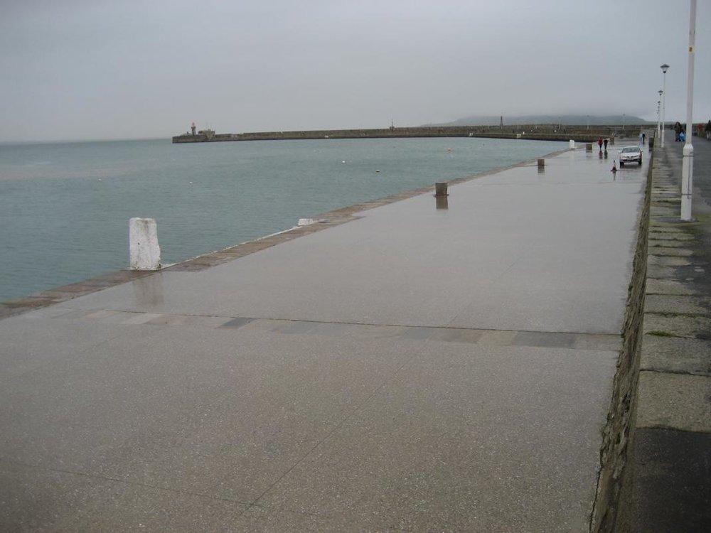 East Pier Dun Laoghaire Harbou 3.jpg