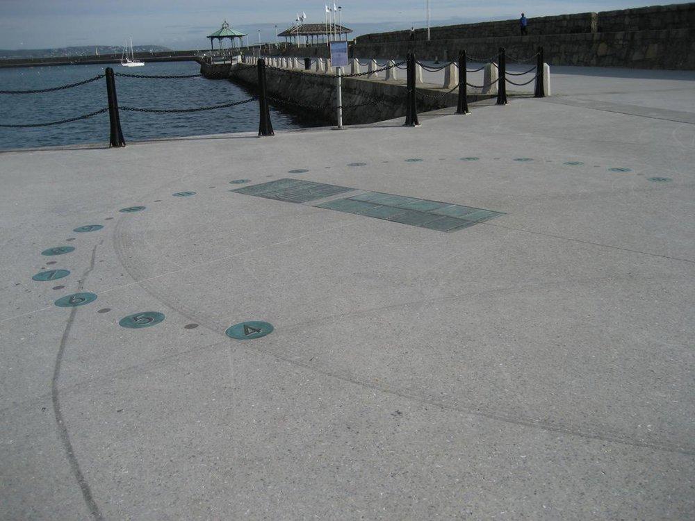 East Pier Dun Laoghaire Harbou 4.jpg