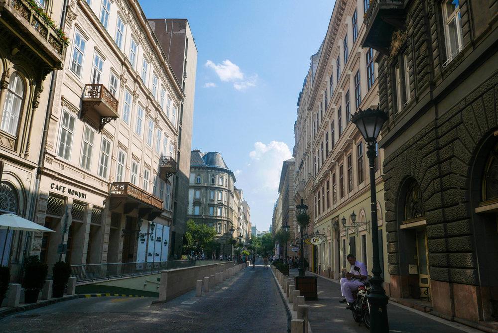 Budapest-1050519.jpg