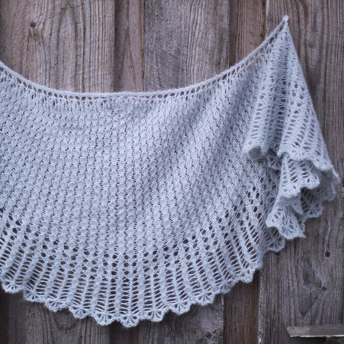 Dandilion Clocks Shawl by Fyberspates