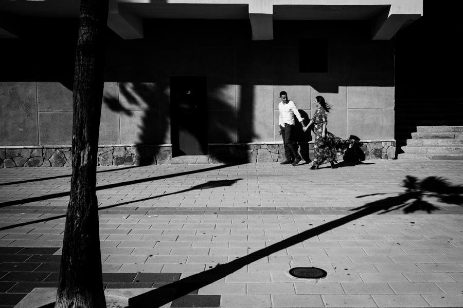 Cadiz-Rota-sesion-street-engagement-Rafael-Torres-fotografo-bodas-sevilla-madrid-barcelona-wedding-photographer--3.jpg