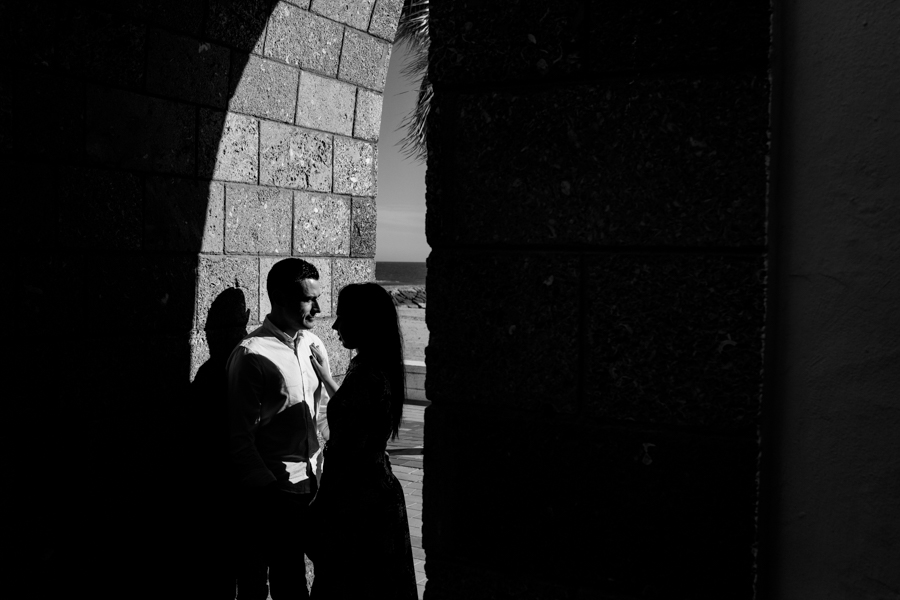 Cadiz-Rota-sesion-street-engagement-Rafael-Torres-fotografo-bodas-sevilla-madrid-barcelona-wedding-photographer--8.jpg