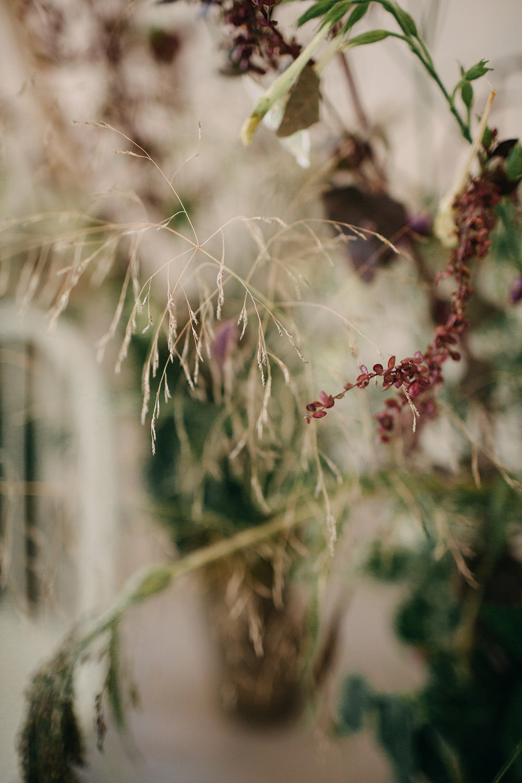 three-hills-barn-wedding-photographer