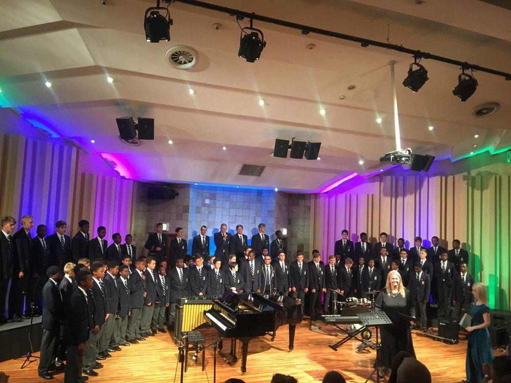1. Choir 2017.jpg