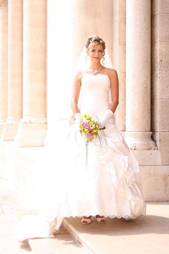 esküvő, esküvői fotó, Pécs, menyasszony
