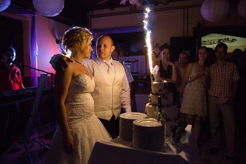 esküvő, esküvői fotó, Pécs, lagzi