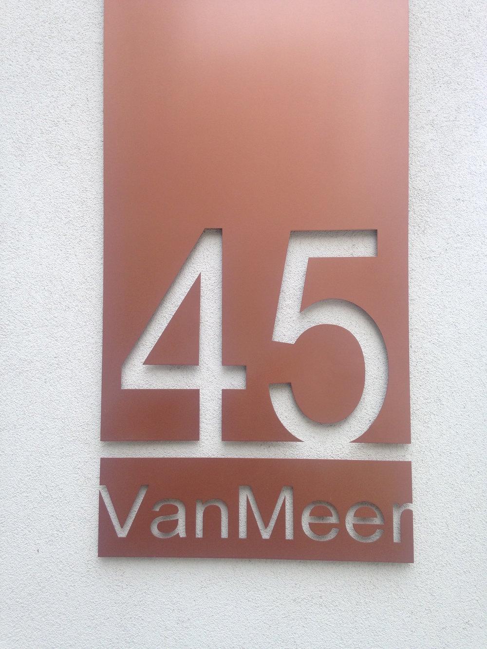block-number-hamburg.jpg