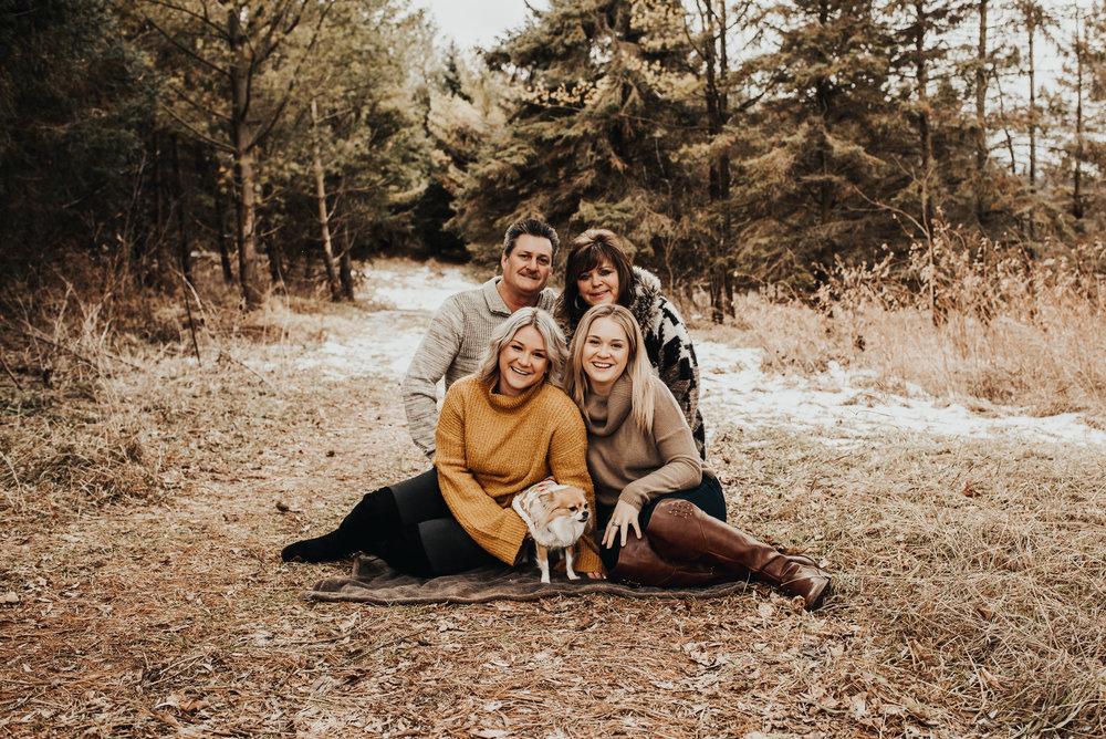 Bott Family-2.jpg