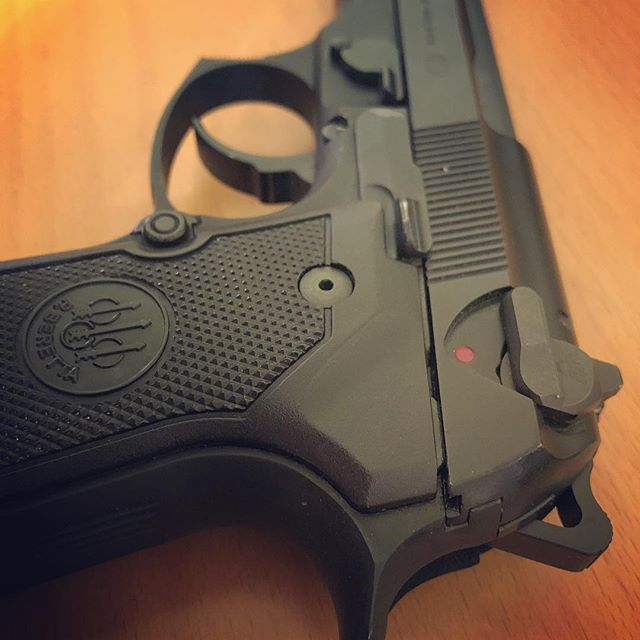 Very smooth shooter, Wilson combat thumb safety and an elite II hammer  #9mm #beretta #beretta92fs #pistol #wilsoncombat  #gunporn #2ndammendment #everydaycarry #2a #pewpewlife #igmilitia #weaponsdaily #gunsdaily #edc #gunchannels