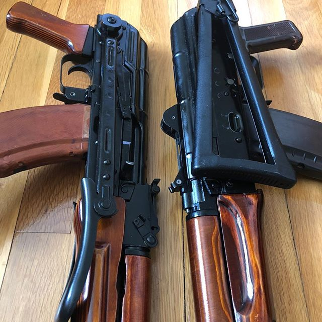 Side folder or under folder ... what's your preference ? #underfolder #kalashnikov #ak47#762x39 #545x39 #krink  #gunporn #2ndammendment #everydaycarry #2a #pewpewlife #igmilitia #weaponsdaily #gunsdaily #edc #gunchannels
