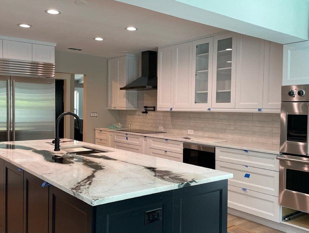 white-marble-kitchen-south-beach.jpg