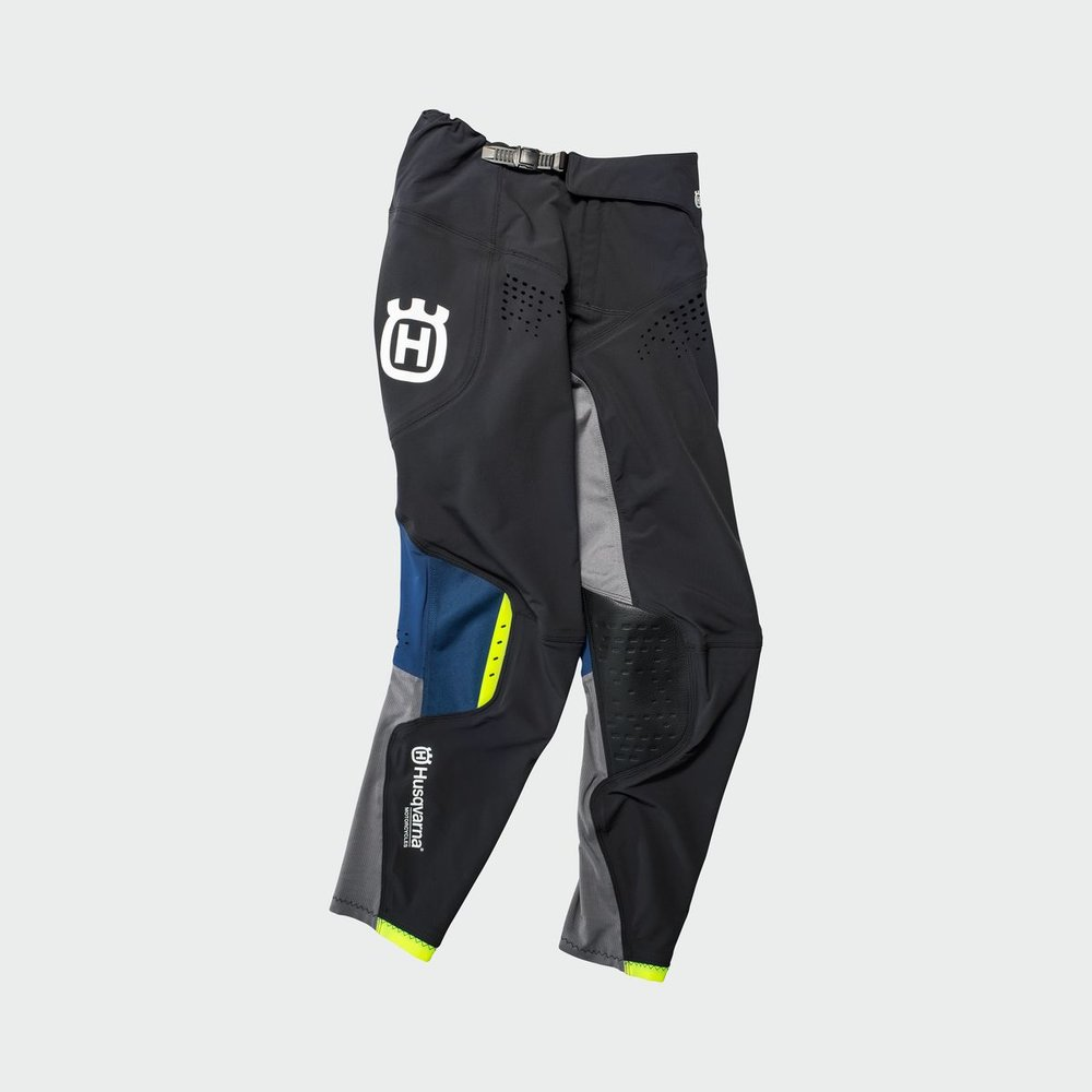 3HS192250X RAILED PANTS FRONT.jpg