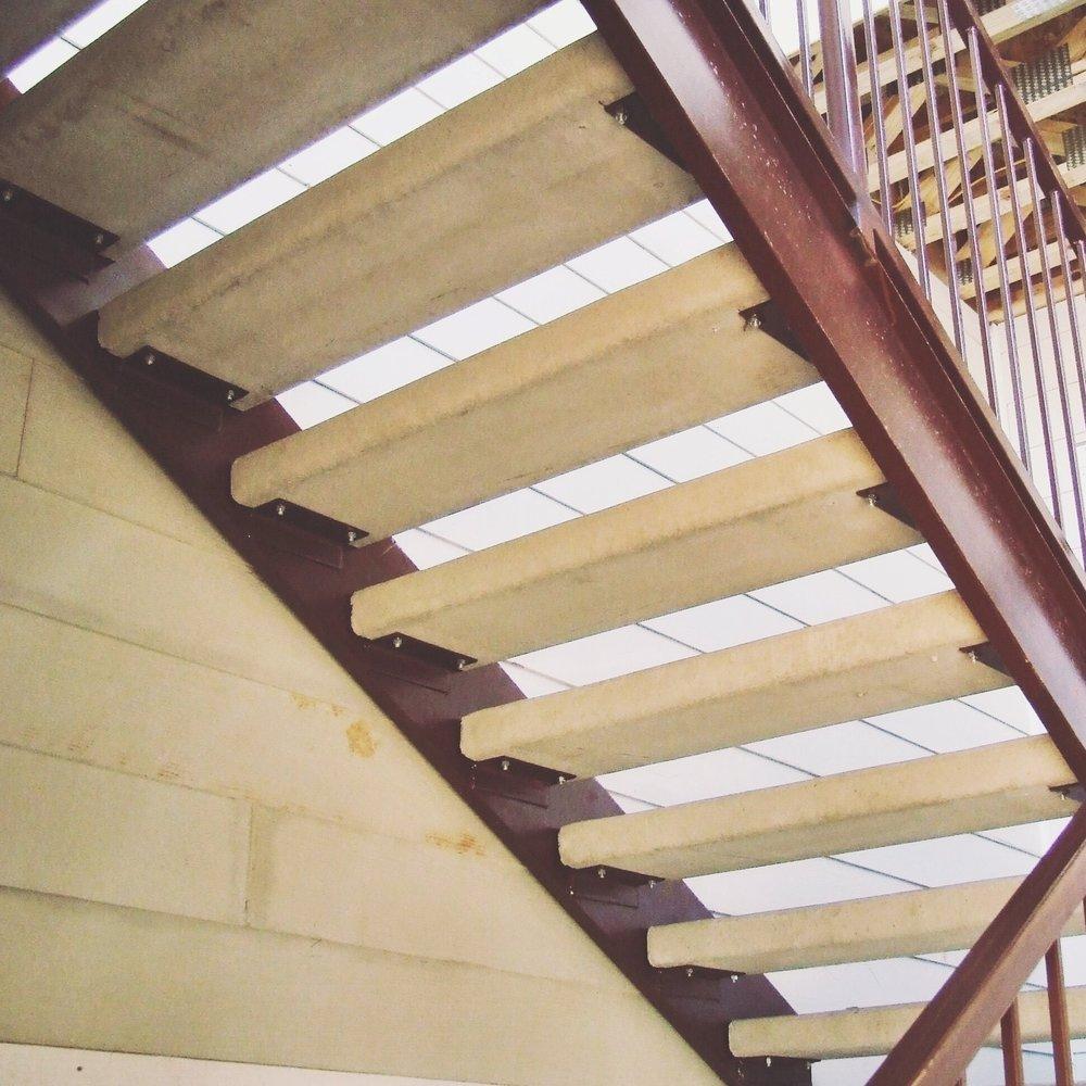 precast_concrete_stairs