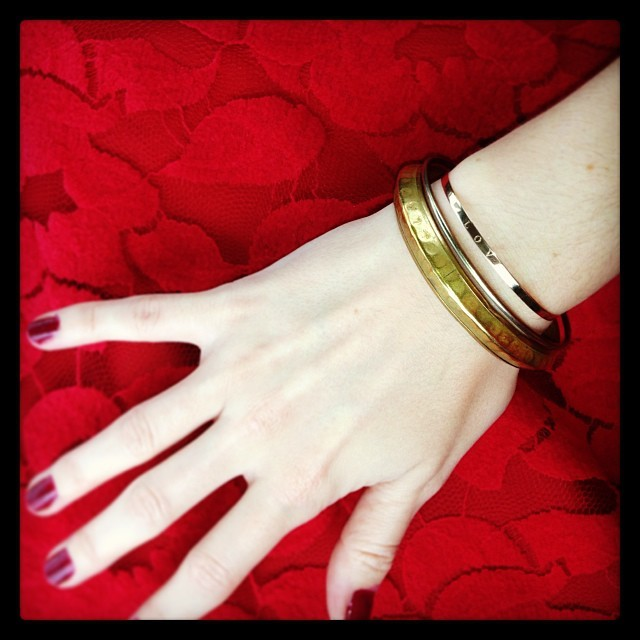 Simple gold accents. I adore my @Boticca Gag & Lou @agnesvidrequin flat tied #Love bracelet.  http://boticca.com/gag-and-lou/flat-tied-bracelet-with-word-love/12744/