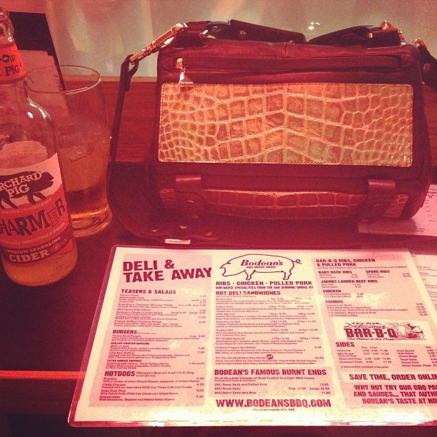 Such a lucky girl. Treating my @ybdfashion @goldenlanebag to @bodeansbbq.
