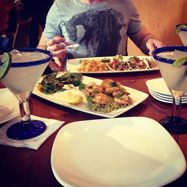 Flippin' eck this is good mexican grub at @CantinaLaredoUK.    http://www.cantinalaredo.co.uk/