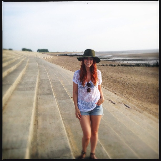 #todayimwearing My Mum @jolloyd19's #DKNY denim cut-offs. @Topshop palm tree tee, @REISS Scarlett trilby & Topshop FARAH multi-stud sandals. Proper 'life's-a-beach' casuals. Had a lovely evening stroll along the beach this evening. We're on the Norfolk coast celebrating JMG's mum's 60th birthday. Beautiful weather.