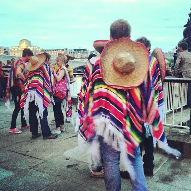 Faux musical Mexicans @southbankcentre. #London #festivalofneighbourhood