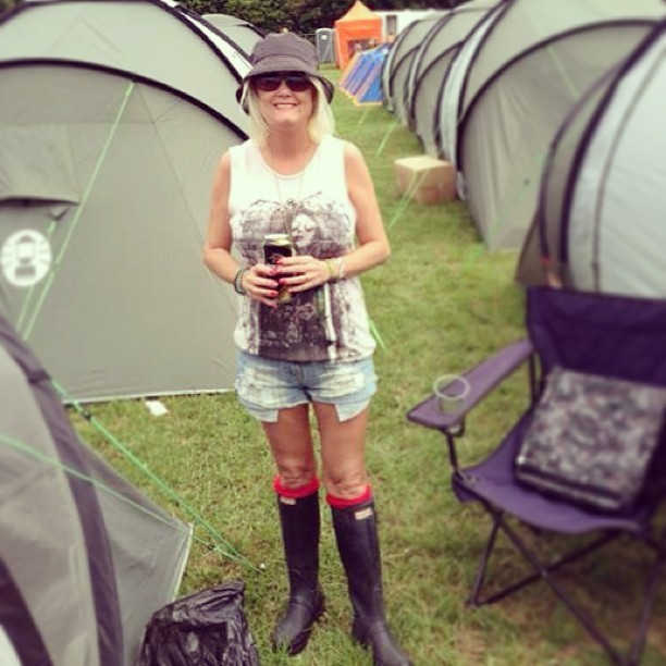 Move over Moss. My mama's at Glasto in her @hunterboots. Looking good mum @jolloyd19. I'm not jealous… Promise!