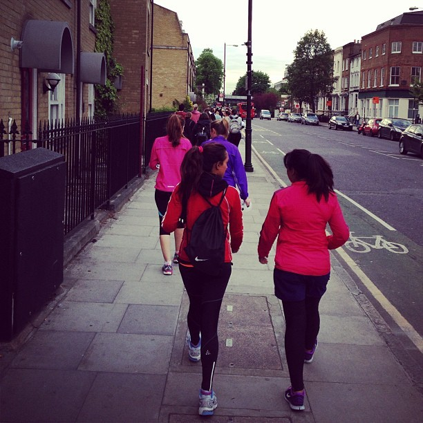 Following the line of orange clad #weownthenight girls! @nikeuk nearly there!