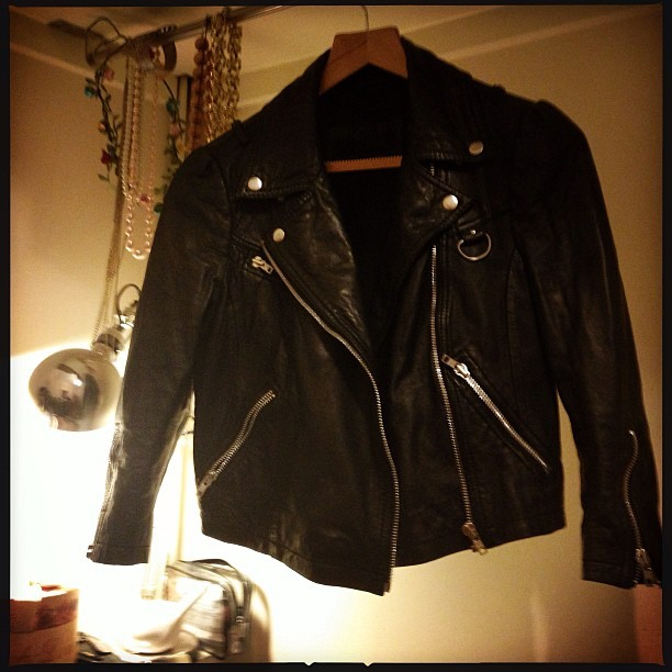 Ooh! Look who came home with me! I flippin' love my Daisy biker jacket (thank you @nina_hide) #SS12 from @ybdfashion is coming with me into #SS13. #HideLabel #SwaggaAndSoul #youngbritishdesigners
