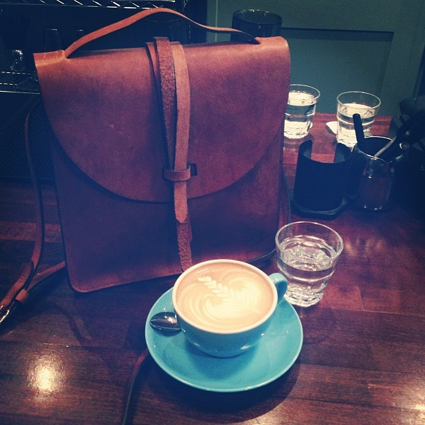 Took my @ybdfashion @thehulot out for @workshopcoffee this afternoon with @jmgcreative. #places #coffee #triedandtested #london #bestoftheday