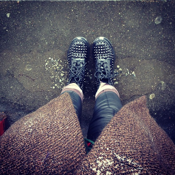 When you've forgotten to bring wellies or waterproof trousers… Dig deep. @drmartens Spike 1460's, @topshop faux leather leggings and a mahussive vintage tweed coat.