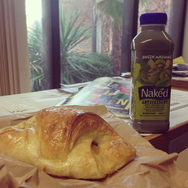 #fatfriday does this Naked antioxidant smoothie make up for eating this delicious glazed apricot pastry??