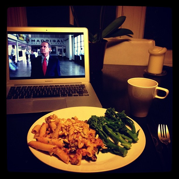 Tuna pasta bake and tenderstem broccoli with a cuppa tea and a side of #BreakingBad Season 5! Don't mind if I do! #photo #lucieloves #food
