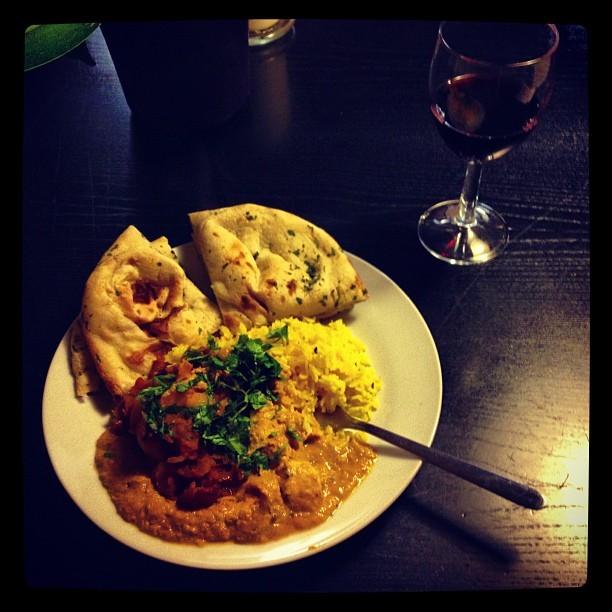 Ooh hello little @waitrose chicken korma curry! Tasty Monday night treat! #Mmm! #dinnerforone #instapic #instagood #food #indian #curry #teatime