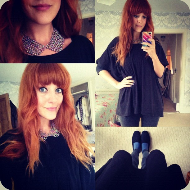 #todayimwearing my:     @topshop gold beaded collar     a black oversized @newlook_fashion tee     Primark black acid-wash leggings     Primark charcoal body top (worn underneath)     Silly blue ankle socks (because it's cold)     Black espadrilles (because I'm packing all my shoes ready to move house and will not be leaving the house anytime soon!)