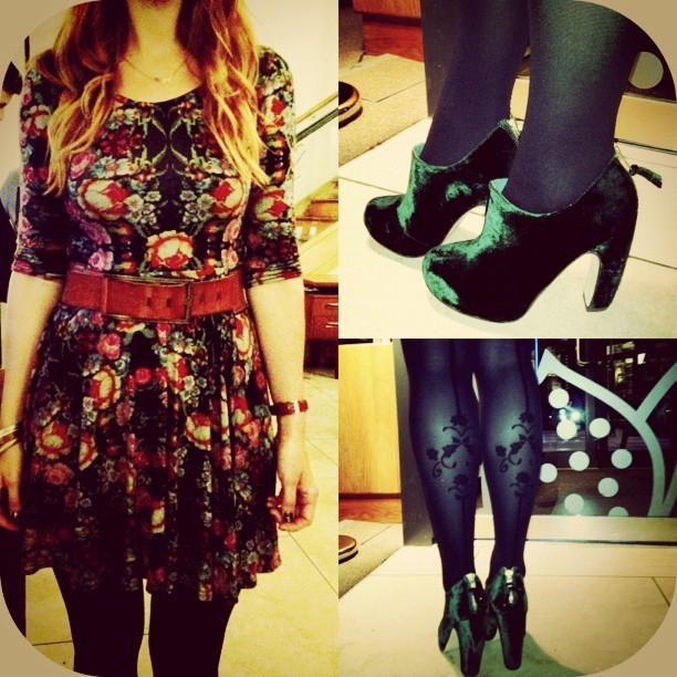 #whatiwore My new @ASOS #LOVE tapestry skater dress, @topshop Graphic green velvet boots & @tightsplease  @redordeadlondon Elizabeth tights and an old topshop waist belt. (Last nights #ootd #fashion #style #blogger #whattowear #inspiration #photo #me #girl #redhead #hair #print #fblogger #clothes #wiwt #instapic #outfit #whatiwore #igdaily #aw12  (Taken with  Instagram )