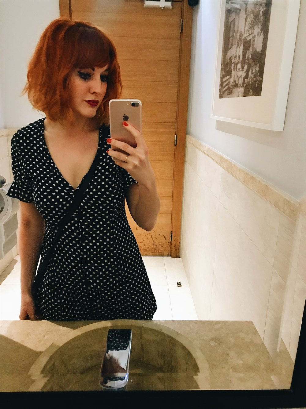 Dinner outfit. Dress: Zara